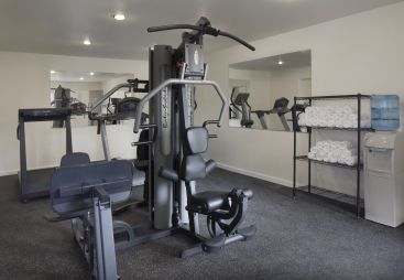 Fitness Room at Sandman Santa Rosa Hotel